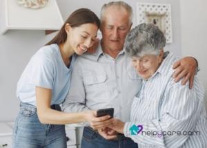 Cuidadores que mejoran la motricidad de personas mayores